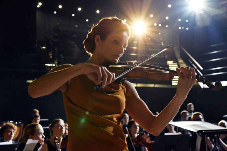la violinista cines Ópera Actual